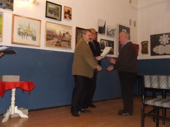"""Miniatura zdjęcia: Otwarcie pokonkursowej wystawy """"Lubsko w malarstwie,rzeźbie i fotografii""""21.11.2007_wystawaDSCF13939"""