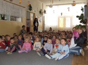 Miniatura zdjęcia: NARODOWE ŚWIĘTO NIEPODLEGŁOŚCI w Przedszkolu Nr 1 w Lubsku 9.11.2007r. _przedszkoleDSCF21128.JPG