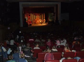 Miniatura zdjęcia: Narodowy Teatr Edukacji z Wrocławia 26.10.2007_tk1.JPG
