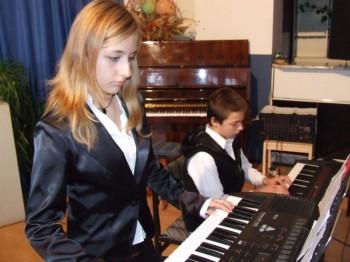 Miniatura zdjęcia: koncert Społecznego Ogniska Muzycznego 11.10.07_muz3.JPG