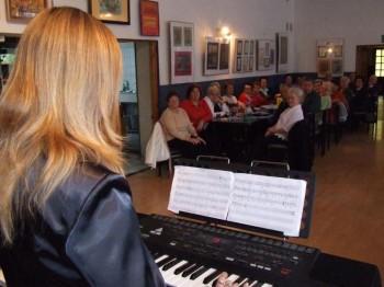 Miniatura zdjęcia: koncert Społecznego Ogniska Muzycznego 11.10.07_muz4.JPG