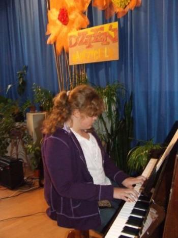 Miniatura zdjęcia: koncert Społecznego Ogniska Muzycznego 11.10.07_muz7.JPG