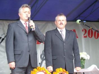 Miniatura zdjęcia: MIEJSKO-GMINNE ŚWIĘTO PLONÓW-Dąbrowa 9.09.2007_plony10.JPG