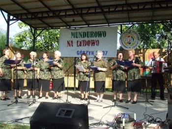 Miniatura zdjęcia: Mundurowo na ludowo - Górzyn 2007_180d.jpg