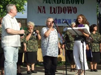 Miniatura zdjęcia: Mundurowo na ludowo - Górzyn 2007_182d.jpg