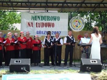 Miniatura zdjęcia: Mundurowo na ludowo - Górzyn 2007_43d.jpg