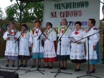 Miniatura zdjęcia: Mundurowo na ludowo - Górzyn 2007_58d.jpg