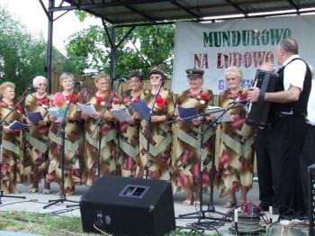 Miniatura zdjęcia: Mundurowo na ludowo - Górzyn 2007_85d.jpg