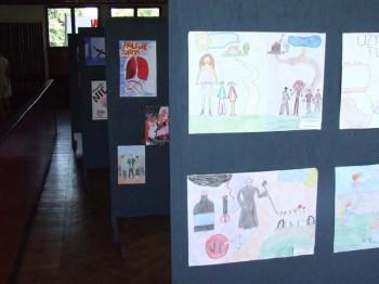 Miniatura zdjęcia: Wystawa Prac Młodzież przeciw uzależnieniom i przemocy_8d.jpg