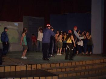 Miniatura zdjęcia: Teatr ZSOIE 12 maja 07_3d.jpg