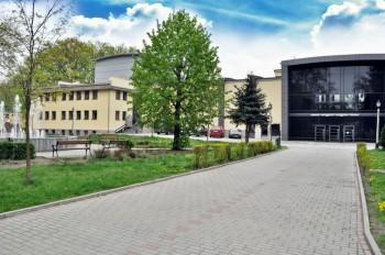 Miniatura zdjęcia: Lubski Dom Kultury_zdjęcia_dom2.jpg